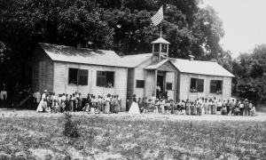 Students and teachers pose outside the Freedmen's Bureau school in Beaufort, South Carolina.
