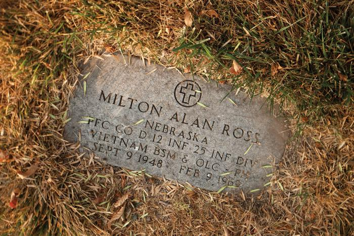 The grave of Milton Ross