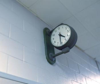 Hall's Clock showing 4 hours and 31 minutes